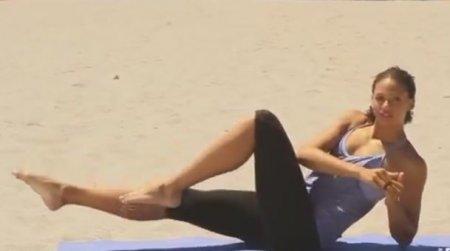 Тренировка для всего тела на пляже / Total Body Bikini Blast Workout