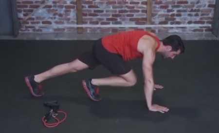 Тренировка для всего тела с эластичным эспандером / Total Body Burn Resistance Band Training