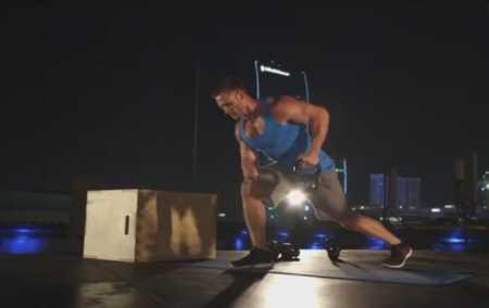 Упражнения с гирей для всего тела / Full Body Strength Kettlebell Workout